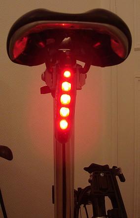 Lampe arrière à pile / à batterie 071218091508142181527305