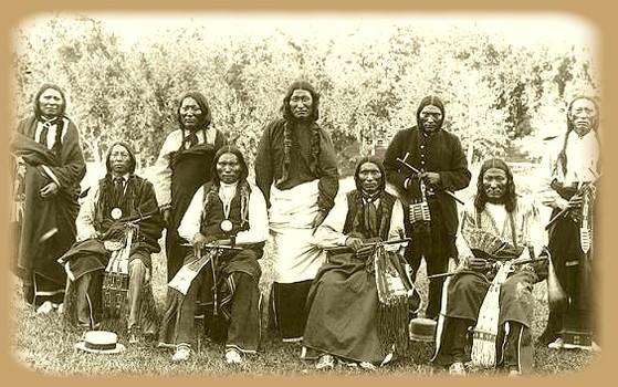Ici tout sur les Amérindiens bijoux ,histoires ,liens ect...... - Page 2 071220034233181071532488