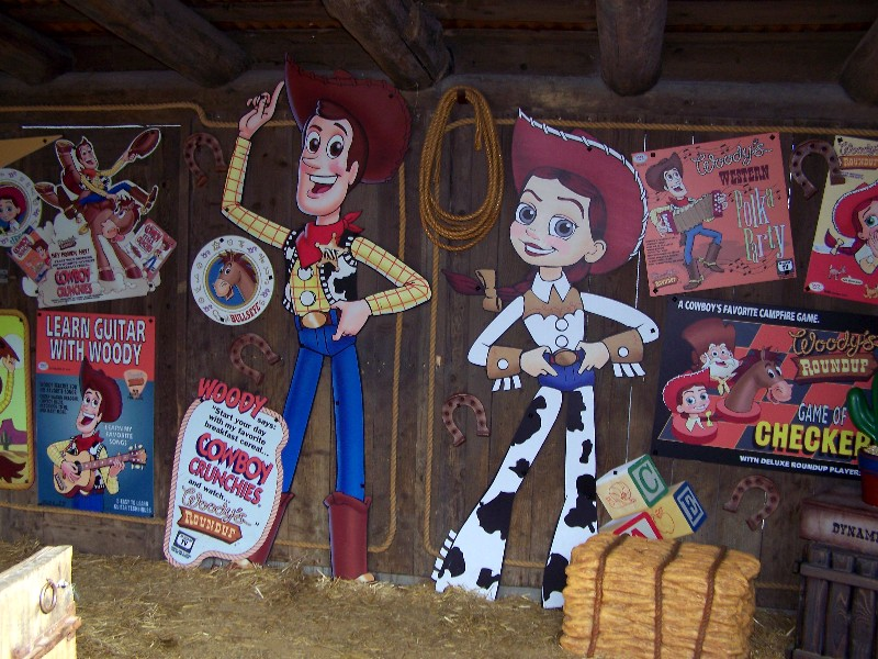 Woody's Roundup Village ? - Page 3 08022912291410131772294