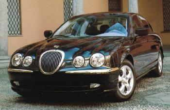 Si vous voyez un grand fauve dans une Jaguar...