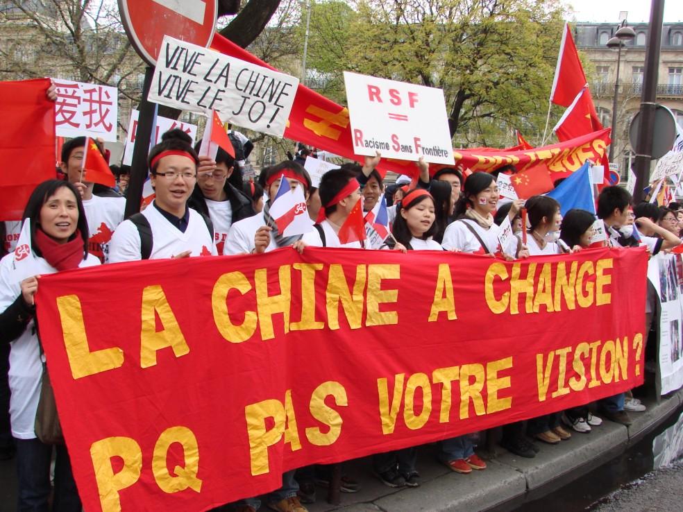 Les Chinois envisagent un boycott des produits français... - Page 2 080419095657142181968820