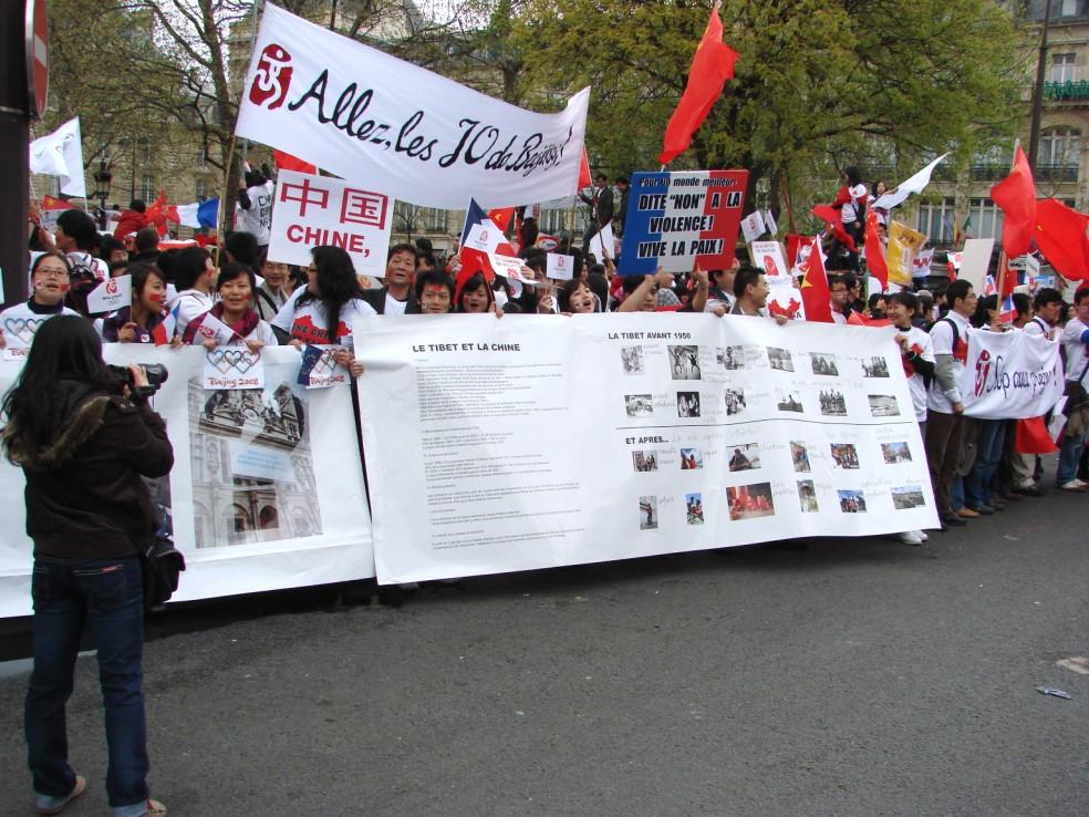 Les Chinois envisagent un boycott des produits français... - Page 2 080419095907142181968837