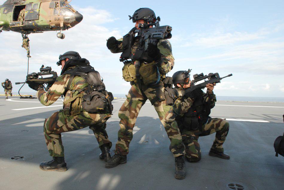 force spéciale française 08091802552767662509548