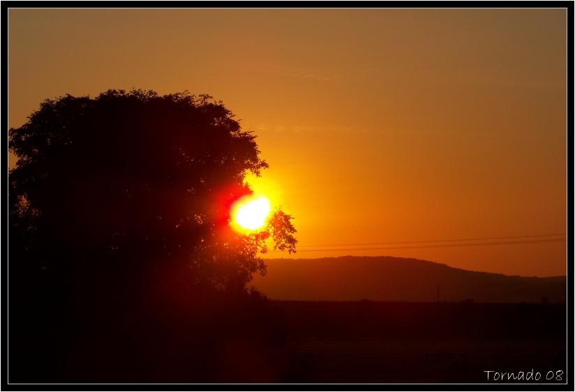 Lever/Coucher de soleil 080927074915387462545386