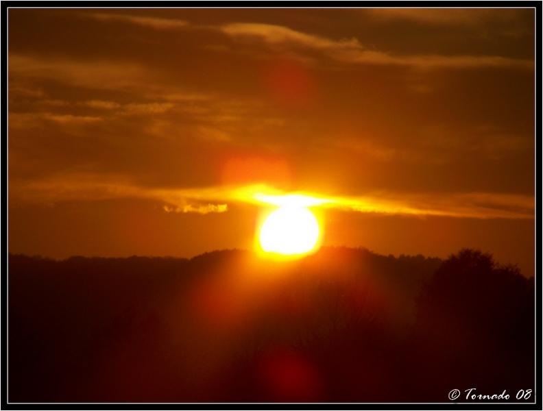 Lever/Coucher de soleil 081103085020387462700814