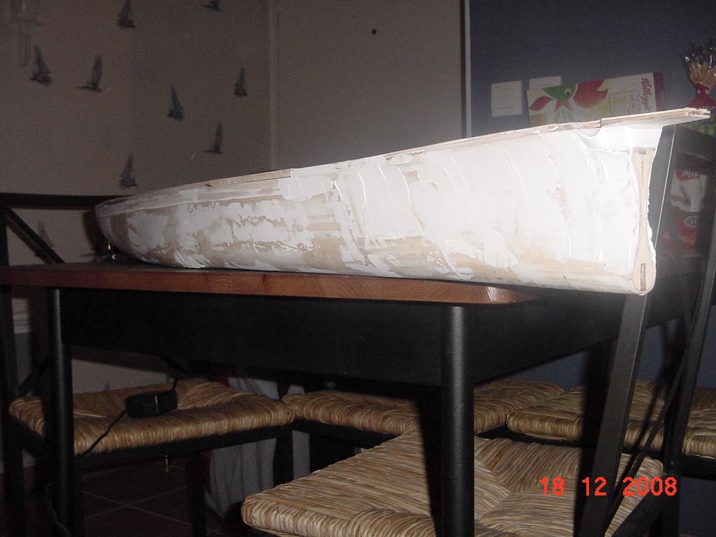 bismark par raphael au 1/200 de chez Amati 081218070839492202891127
