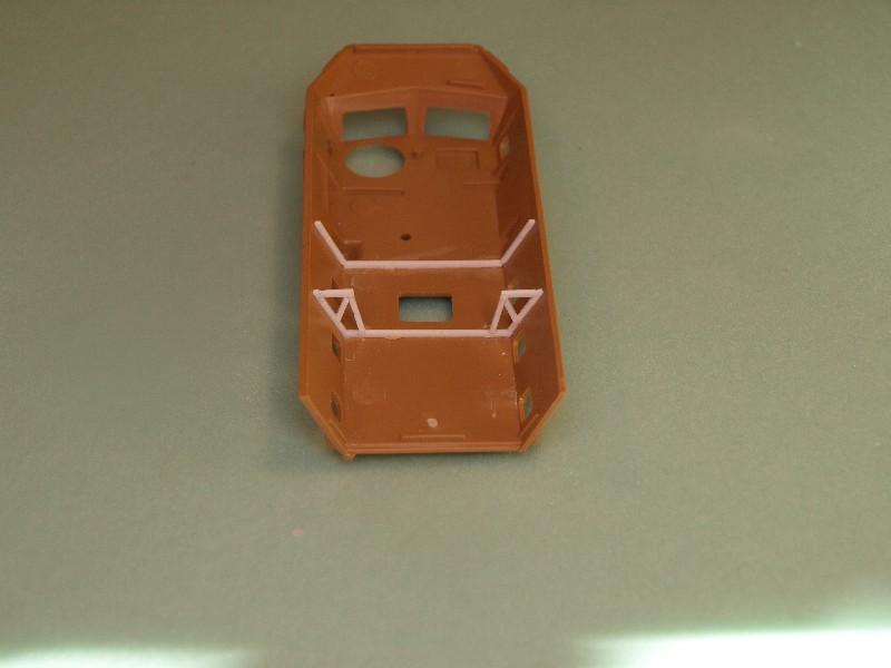 VAB 4x4  [HELLER 1/72]  ---  Montage terminé 081222023446496172905457