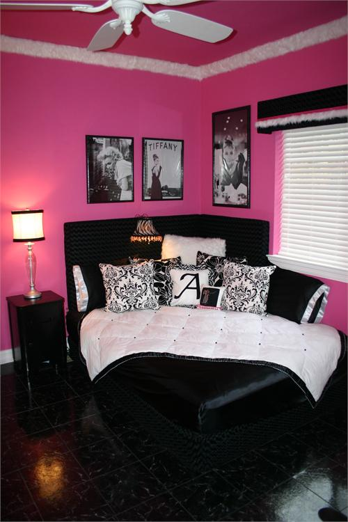 Chambre rose et noire l opard - Picture of teeneger room decoration ...