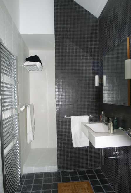 salle de bain page 2. Black Bedroom Furniture Sets. Home Design Ideas