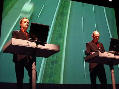 Kraftwerk lors de la tournée The Mix