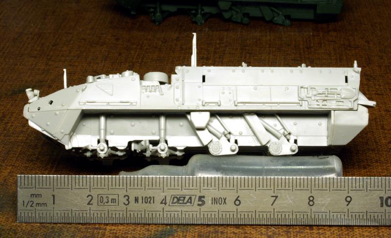 M1126 STRYCKER [ACADEMY] M1126 STRYKER ICV [TRUMPETER] 090124095611492893048041