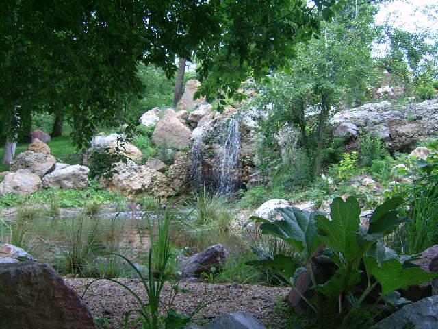 Une cascade, le bruit de l\'eau, nos sens en eveille 090126084256468093058376