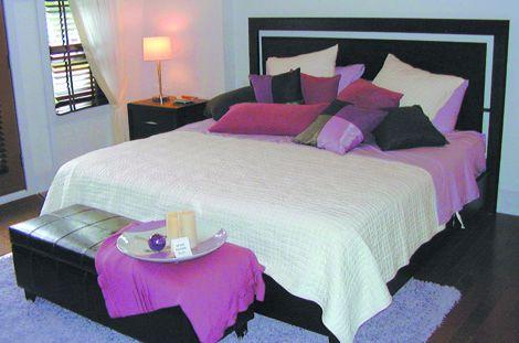Chambre rose et noire léopard. 090130054923506173076554