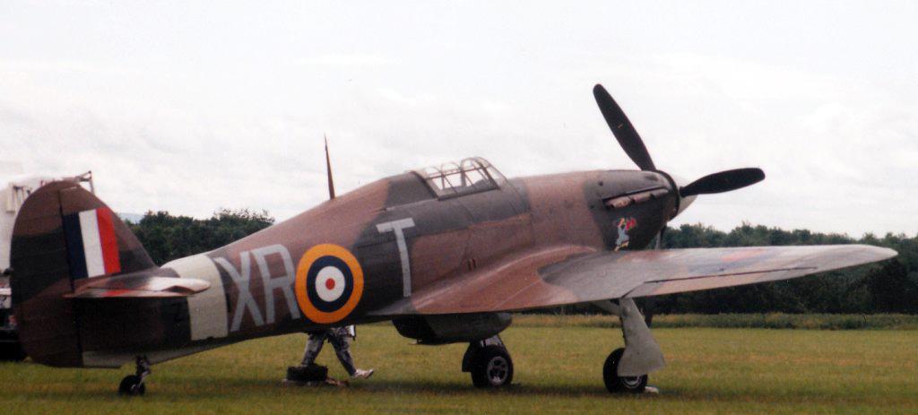 Matériels aéronautiques de la Seconde Guerre mondiale - Page 6 090213014053540383146173