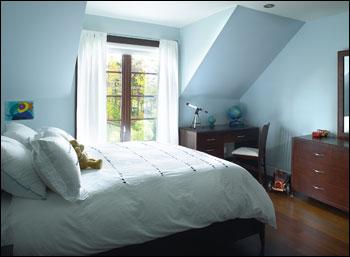 peinture chambre mansard e. Black Bedroom Furniture Sets. Home Design Ideas