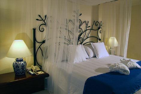 Chambre de Laurine 16ans(photo p2) 090228013211506173231005