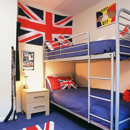 a court d'idée pour une chambre style british , industriel 090305101645506173261528