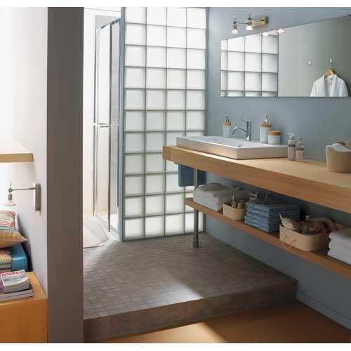 Quelle couleur avec le carrelage de la salle de bain ?