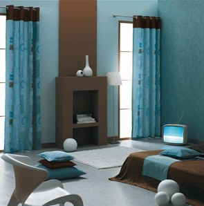 qelle couleur avec un canap bleu dur. Black Bedroom Furniture Sets. Home Design Ideas