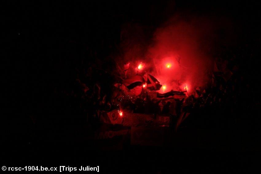Photos Pyrotechnie (Torches, Pots à Fumée...) - Page 26 090323013654533123357053