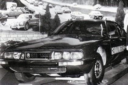 Quelques véhicules d'exception de la Gendarmerie 090324085005537573366106