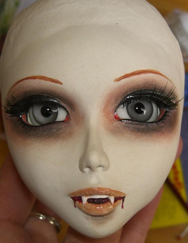 Lucy vampire de Mylenium 090331015019583863403435