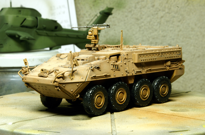 M1126 STRYCKER [ACADEMY] M1126 STRYKER ICV [TRUMPETER] 090402084211492893416822