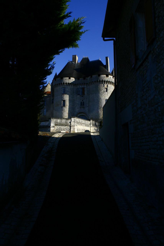 viree08 ECT - a Barbezieux 16 chateau 7366
