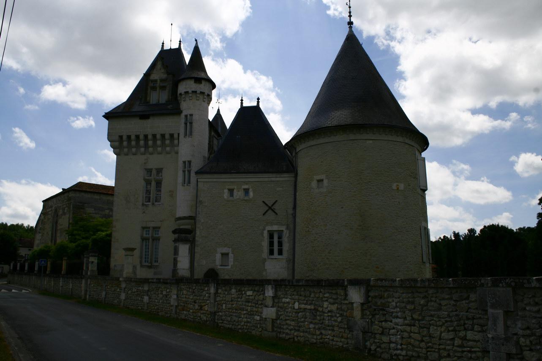 viree08 ECT - f Champagne chateau 8