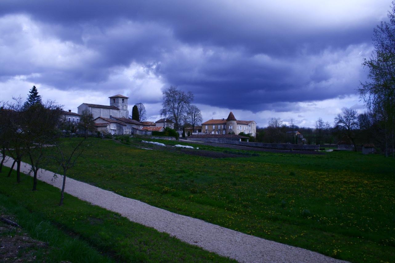 viree08 ECT - h Blanzaguet 16 0204 chateau des Galard