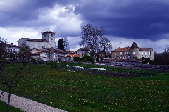 viree08 ECT - h Blanzaguet 16 0203 chateau des Galard