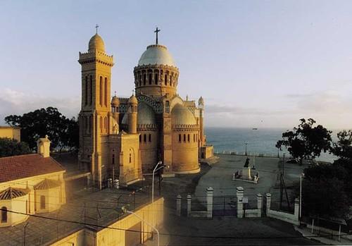 العاصمة الجزائريـــة 09043008274329303574012