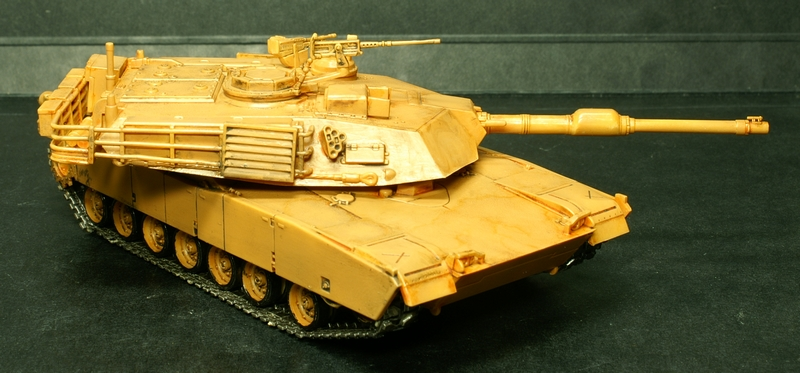 [Revell] Abrams M1A2 1/72 090503075652657403592949