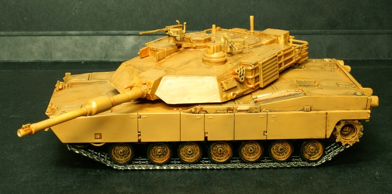 [Revell] Abrams M1A2 1/72 090503075652657403592950