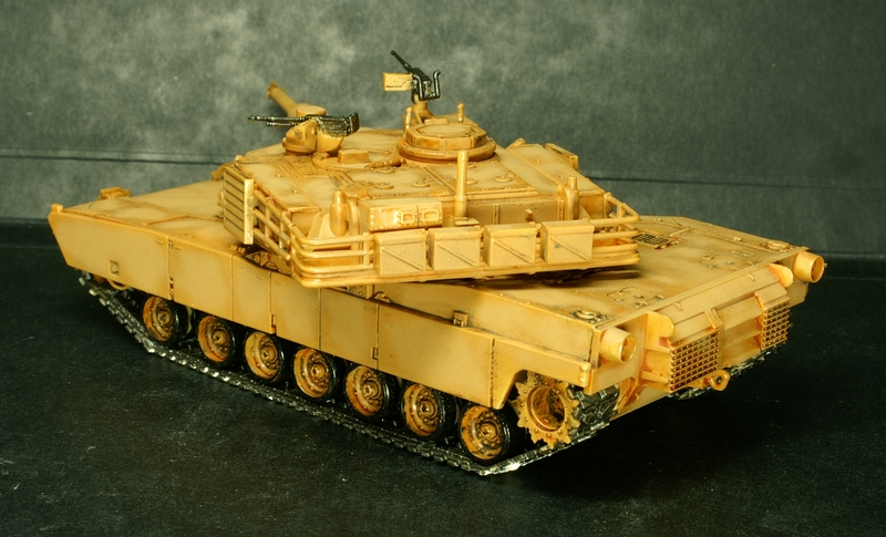 [Revell] Abrams M1A2 1/72 090504100132657403600992