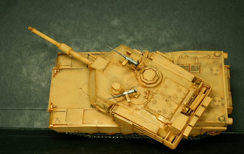 [Revell] Abrams M1A2 1/72 090504100132657403600994