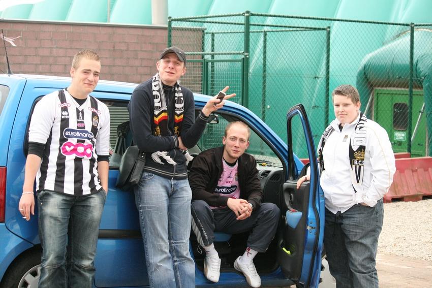 FCV Dender EH - R.Charleroi.S.C. [Photos] 1-2 090516115808533123673739