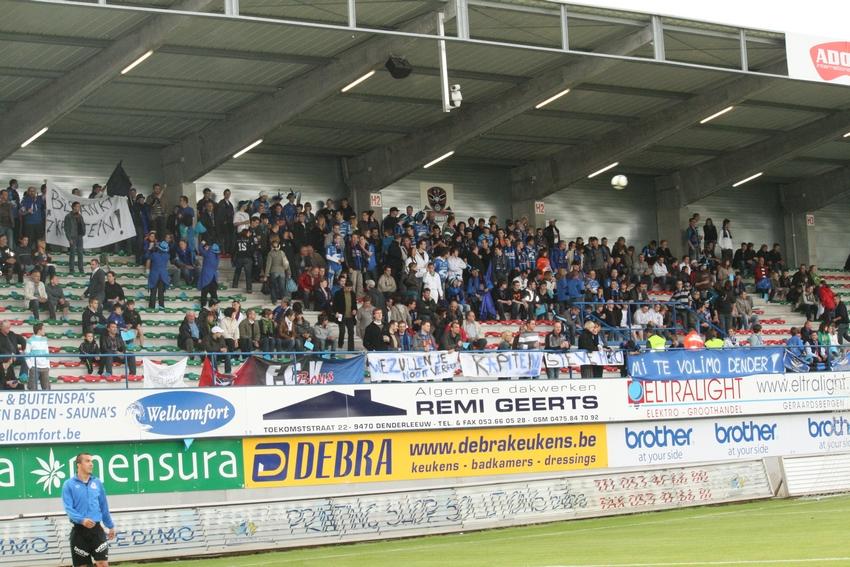 FCV Dender EH - R.Charleroi.S.C. [Photos] 1-2 090516115954533123673757