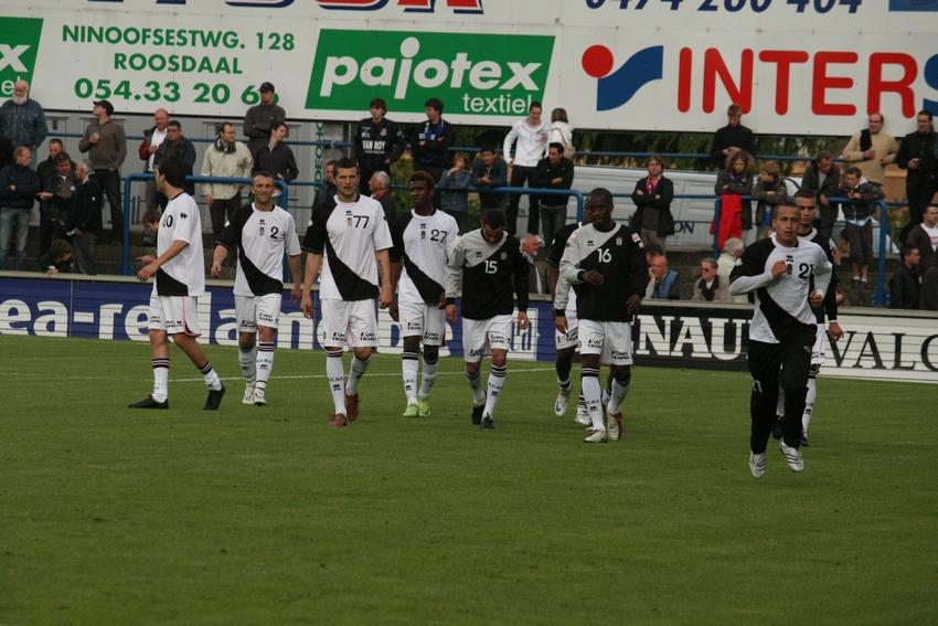 FCV Dender EH - R.Charleroi.S.C. [Photos] 1-2 090517120024533123673761