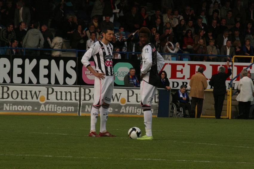 FCV Dender EH - R.Charleroi.S.C. [Photos] 1-2 090517120306533123673774