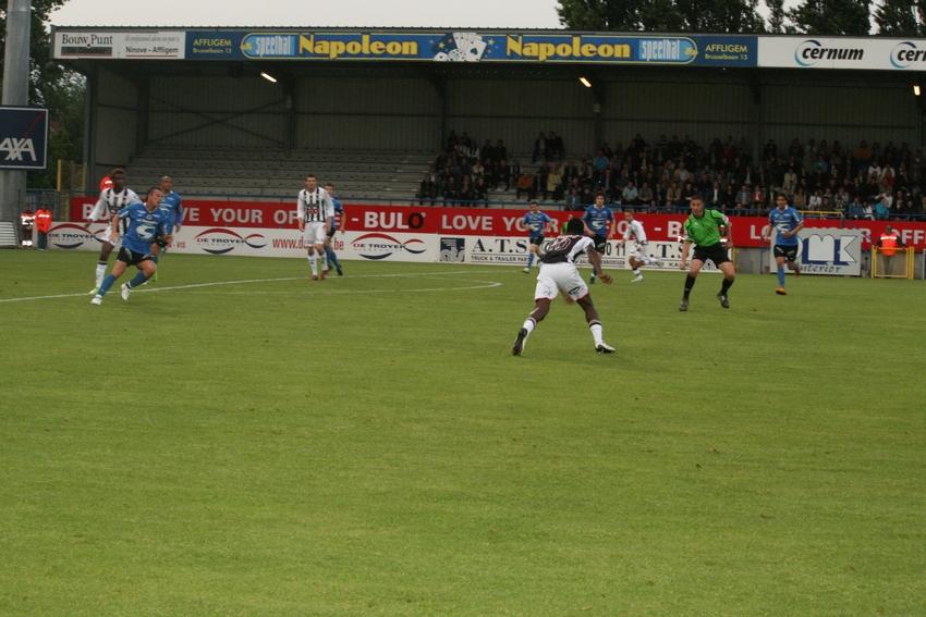 FCV Dender EH - R.Charleroi.S.C. [Photos] 1-2 090517120928533123673816