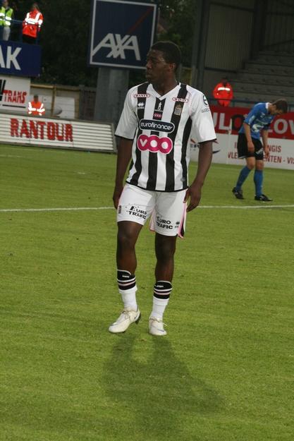 FCV Dender EH - R.Charleroi.S.C. [Photos] 1-2 090517121004533123673819