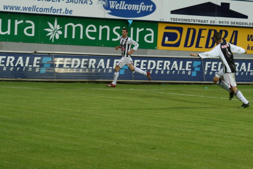 FCV Dender EH - R.Charleroi.S.C. [Photos] 1-2 090517121138533123673827