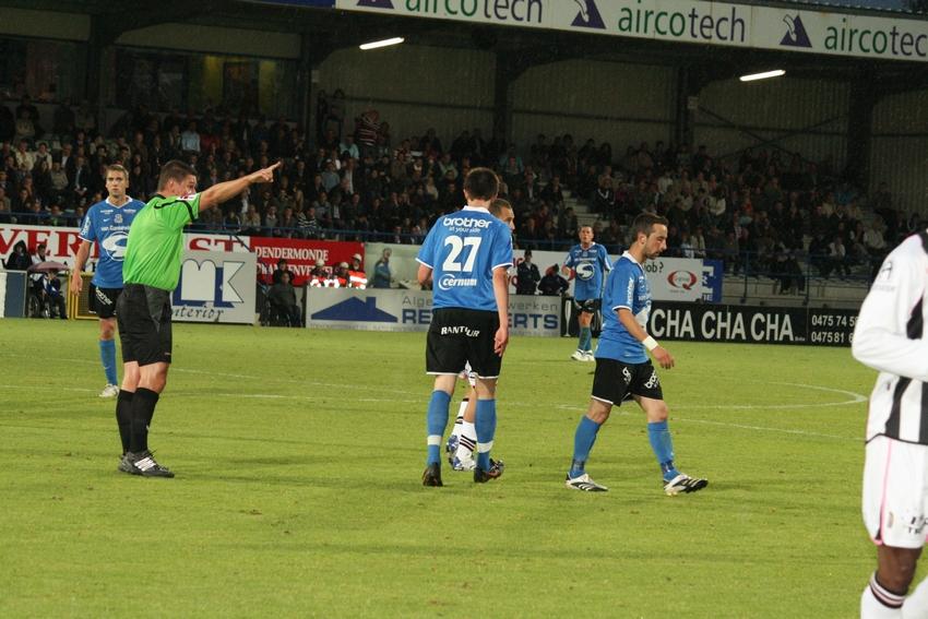 FCV Dender EH - R.Charleroi.S.C. [Photos] 1-2 090517121714533123673911