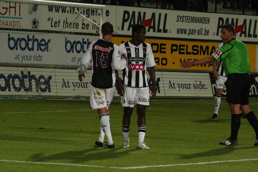 FCV Dender EH - R.Charleroi.S.C. [Photos] 1-2 090517121837533123673948