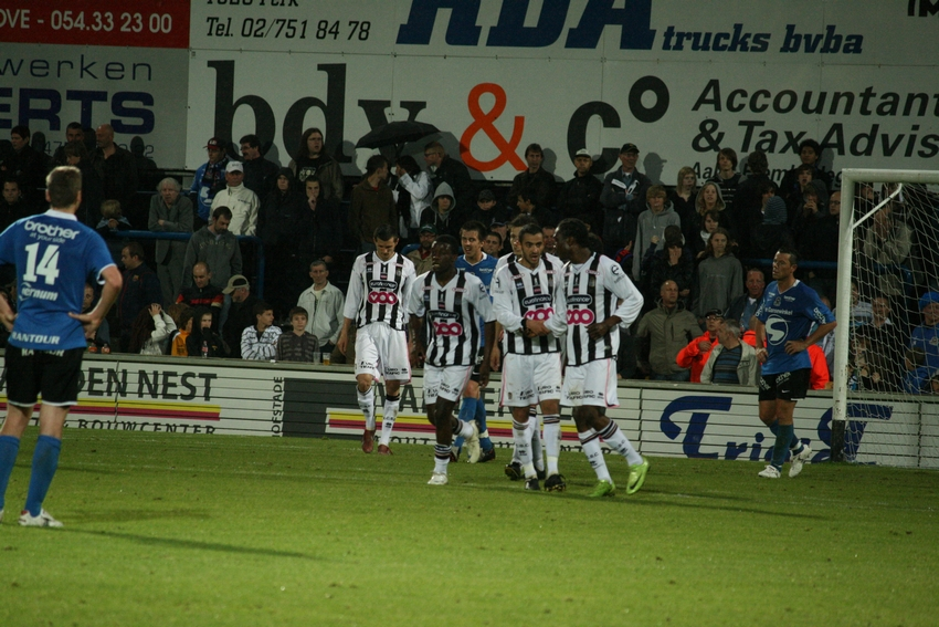 FCV Dender EH - R.Charleroi.S.C. [Photos] 1-2 090517121916533123673951