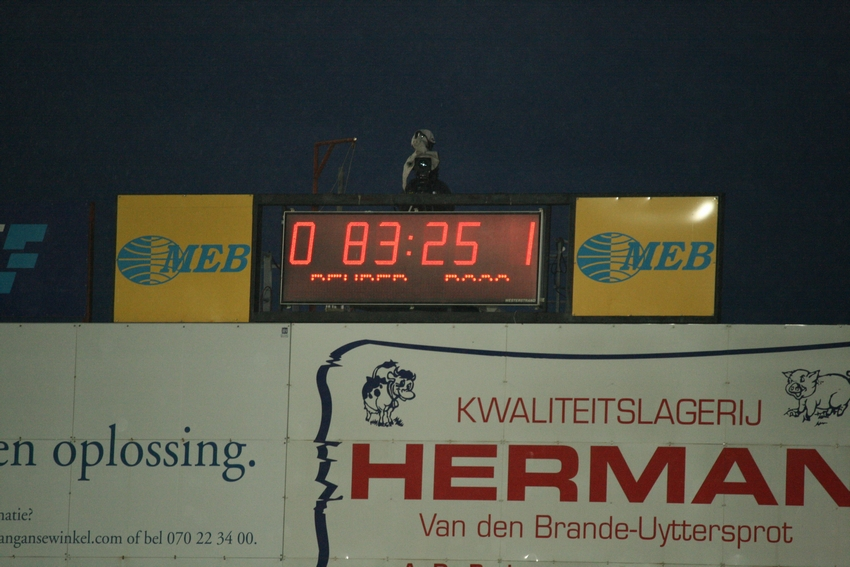 FCV Dender EH - R.Charleroi.S.C. [Photos] 1-2 090517121928533123673952