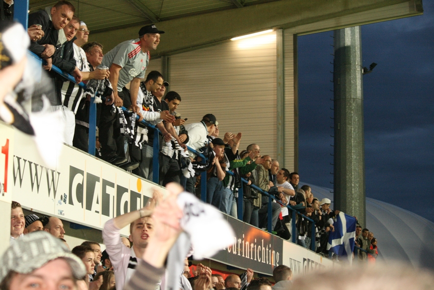 FCV Dender EH - R.Charleroi.S.C. [Photos] 1-2 090517122146533123673973