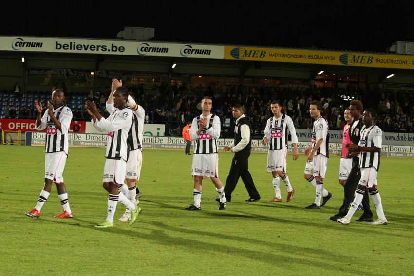 FCV Dender EH - R.Charleroi.S.C. [Photos] 1-2 090517122357533123673986