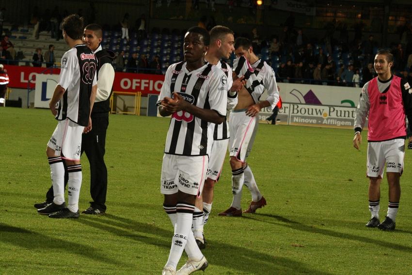 FCV Dender EH - R.Charleroi.S.C. [Photos] 1-2 090517122413533123673987